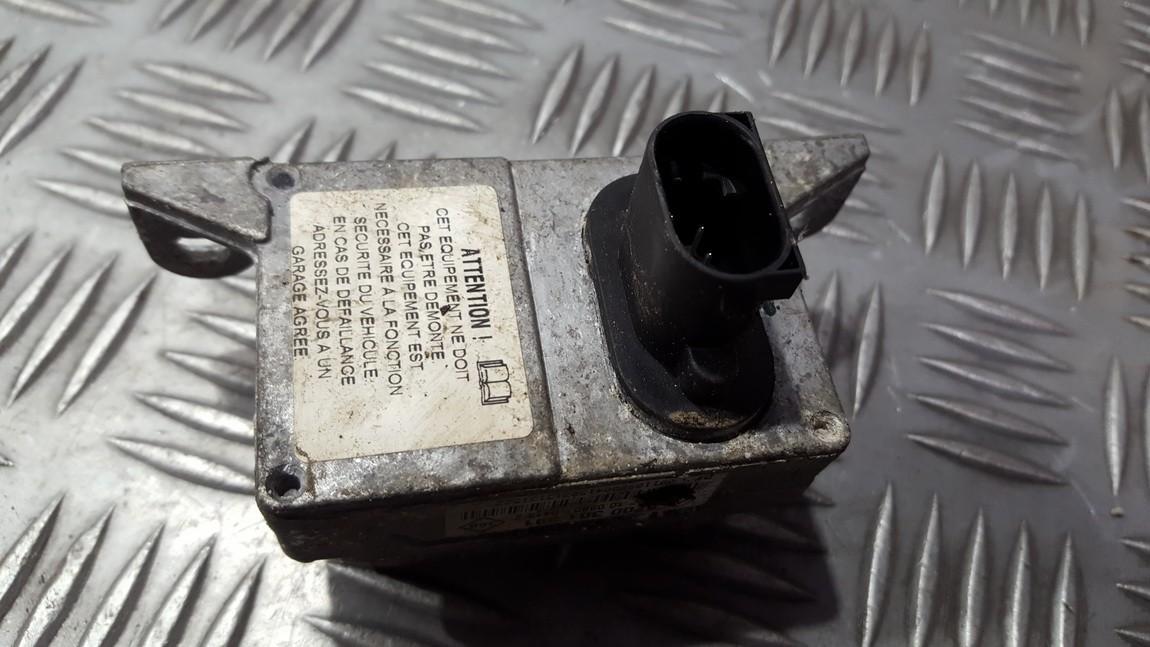 Датчик ESP Renault Laguna 2003    2.2 8200301391