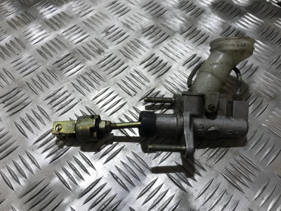 Главный цилиндр сцепления Mazda 626 1996    0.0 USED