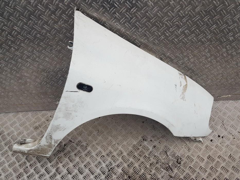 Передние Крыло правый Renault Clio 2000    0.0 used