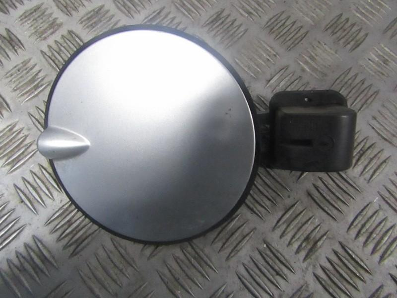 Fuel door Gas cover Tank cap Opel Astra 1999    1.7 90559411