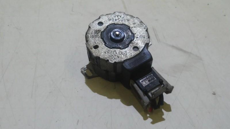 Peciuko sklendes varikliukas 4365466 used SAAB 9-3 2005 2.2