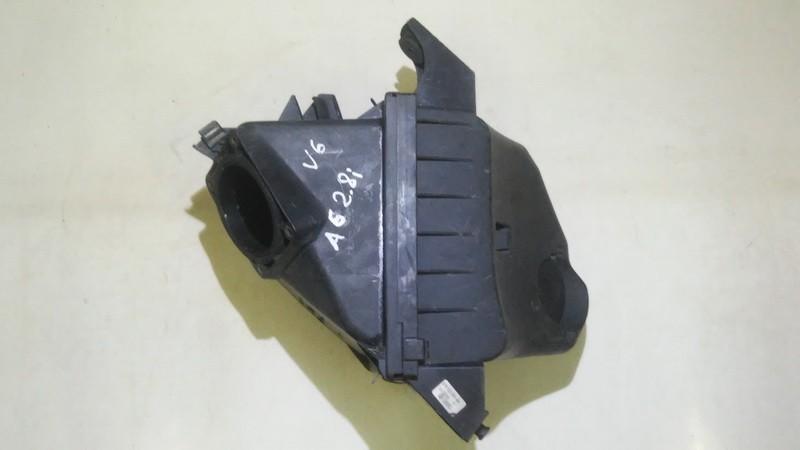 Продам корпус воздушного фильтра Audi A6 2000    2.8 078133835ah