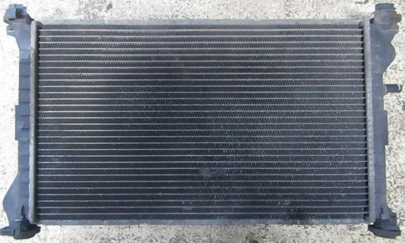 Радиатор Ford Focus 1999    1.8 98ab8005de