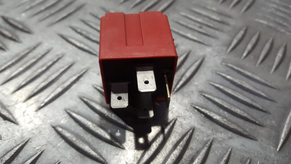 Relay module 24438887 819 Opel VECTRA 1997 2.0