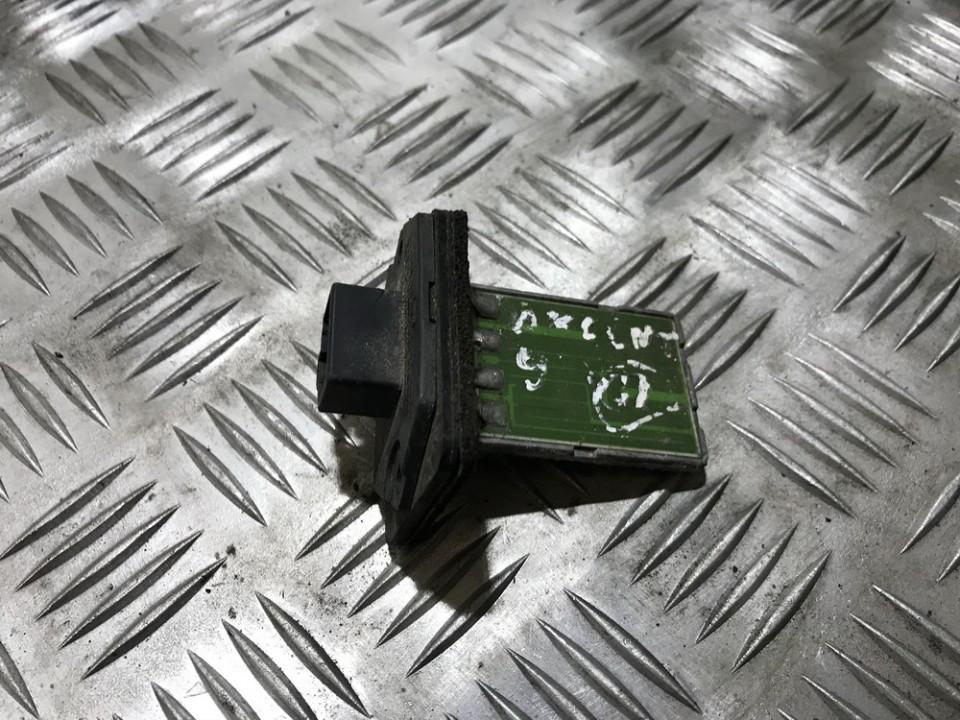 Hyundai  Accent Peciuko reostatas (ezys) (ventiliatoriaus rele)