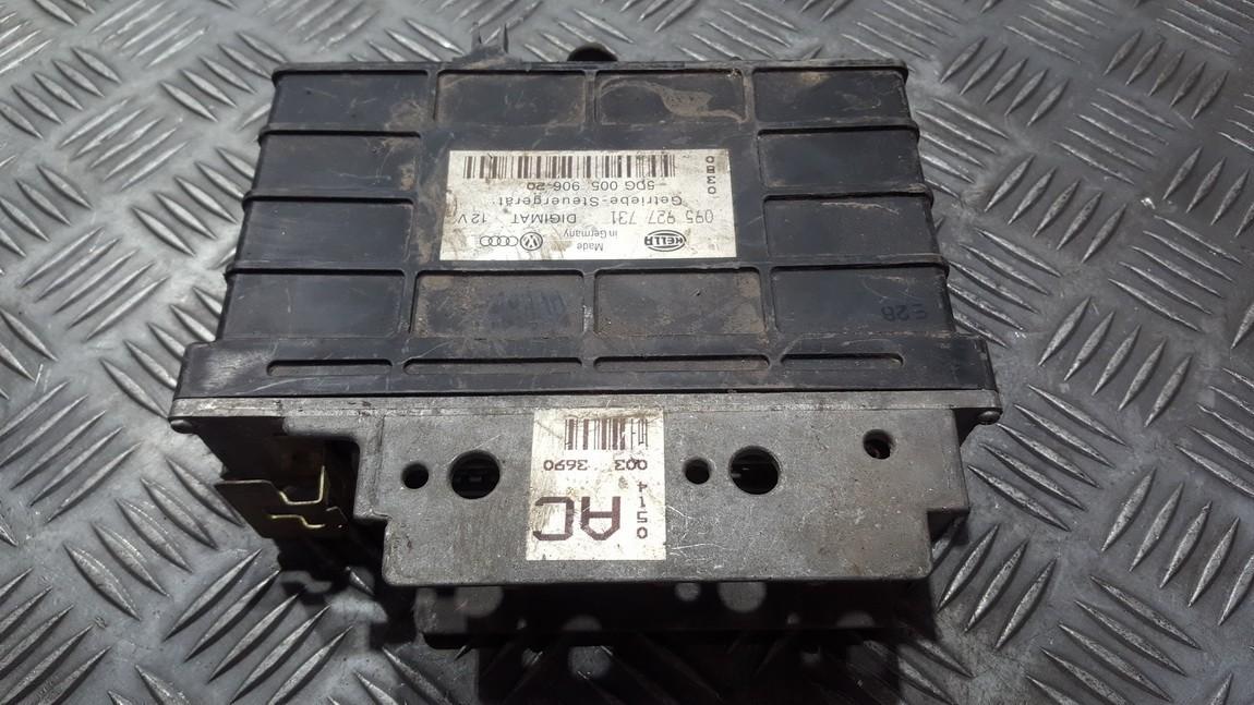 Greiciu dezes kompiuteris 095927731 5dg005906-20 Volkswagen PASSAT 1995 1.9