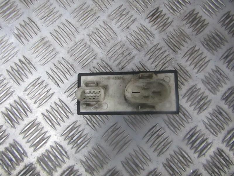 Blower Fan Regulator  Volkswagen Passat 1996    1.9 357919506a