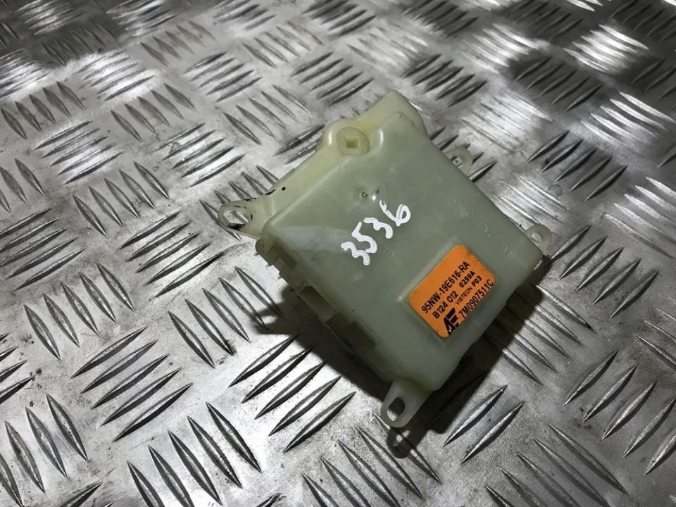 Ford  Galaxy кронштейн моторчика заслонки отопителя