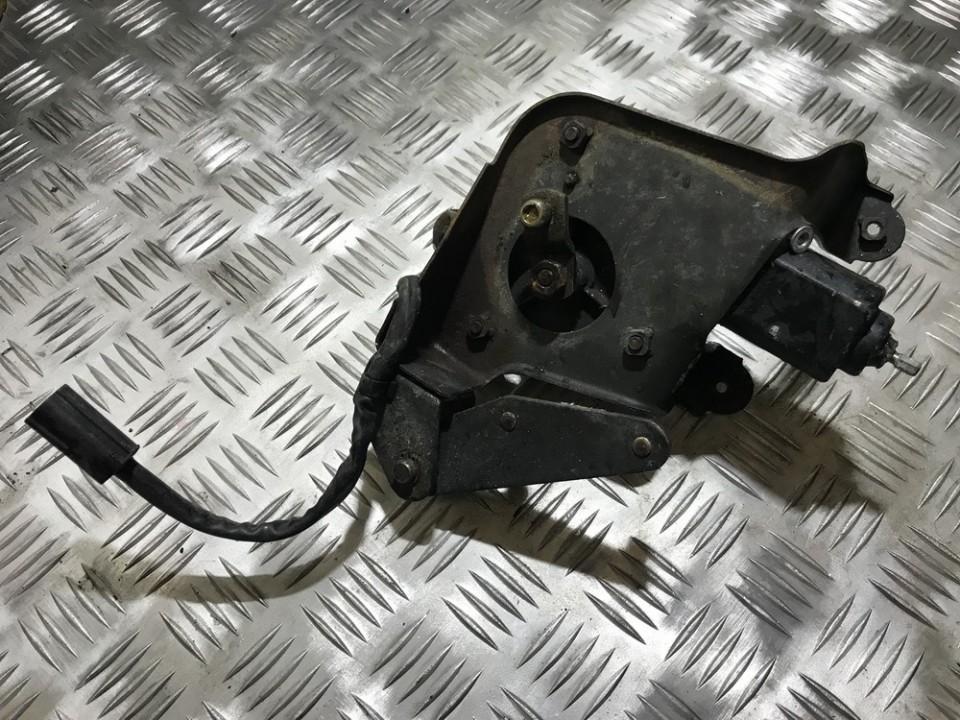Zibinto pakelimo varikliukas (mechanizmas) Mazda 323F 1991    0.0 8611000881