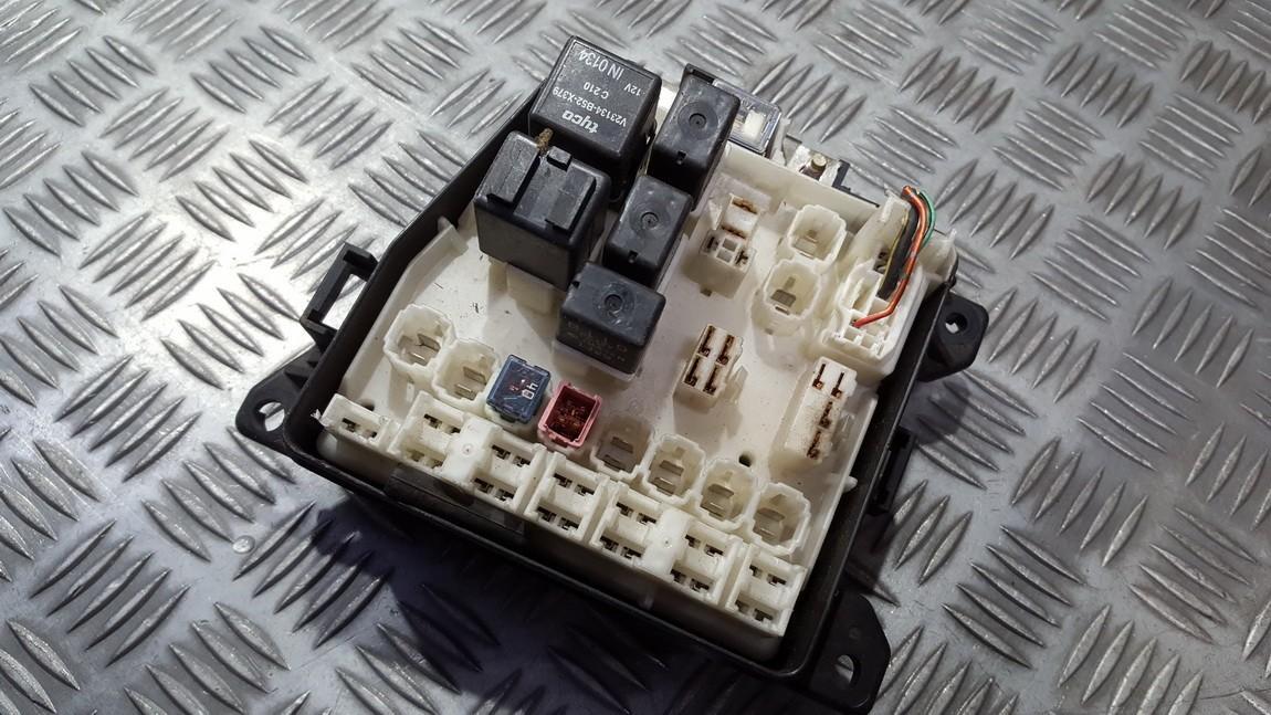 1k05 b110 fuse box mazda 626 2000 0 0l 15eur eis00309323