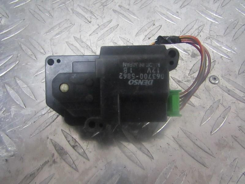 Heater Vent Flap Control Actuator Motor Honda CR-V 1997    2.0 0637005862