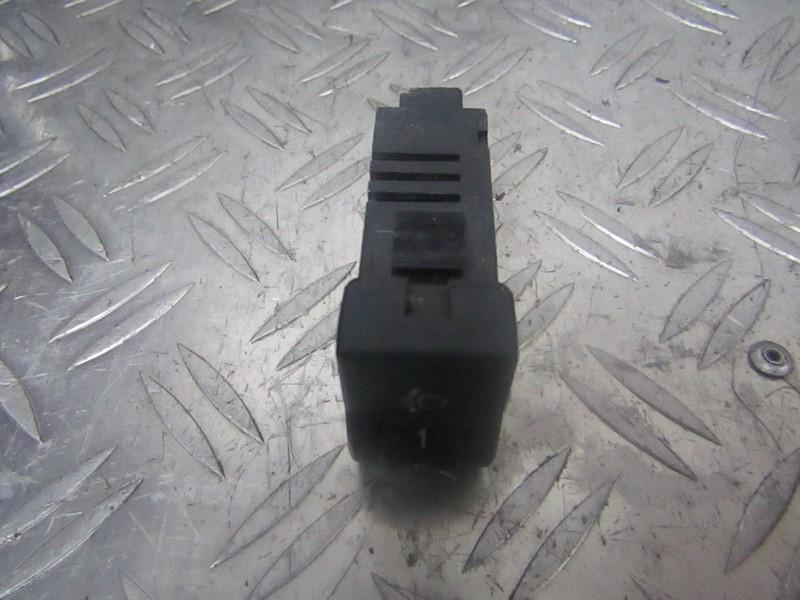 Zibintu aukscio reguliatoriaus mygtukas bp4k666f0 04057810 Mazda 3 2004 1.3