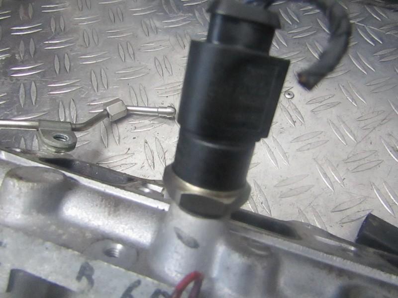 Kuro slegio daviklis  0261545008 06d906051a Volkswagen GOLF 2004 2.0