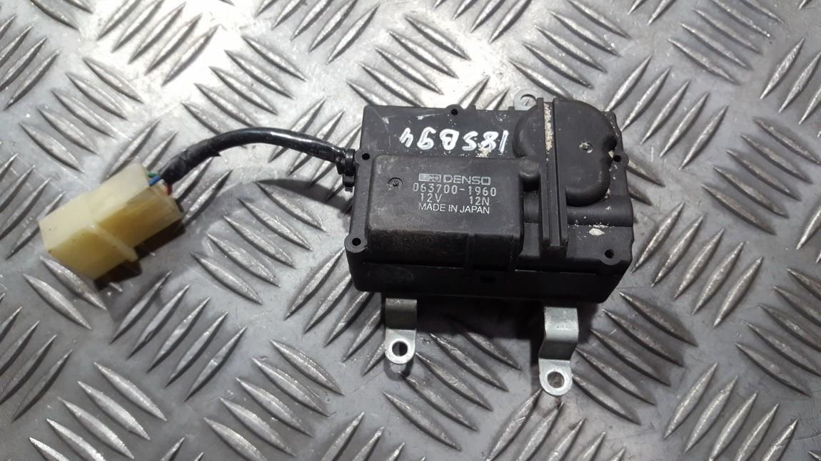 Heater Vent Flap Control Actuator Motor Subaru Legacy 1996    1.8 0637001960