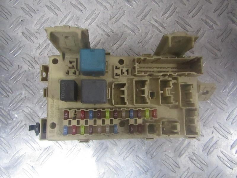 Saugikliu deze 82641ca020f 82641-ca020-f, 0301080829591 Toyota AVENSIS 2001 2.0