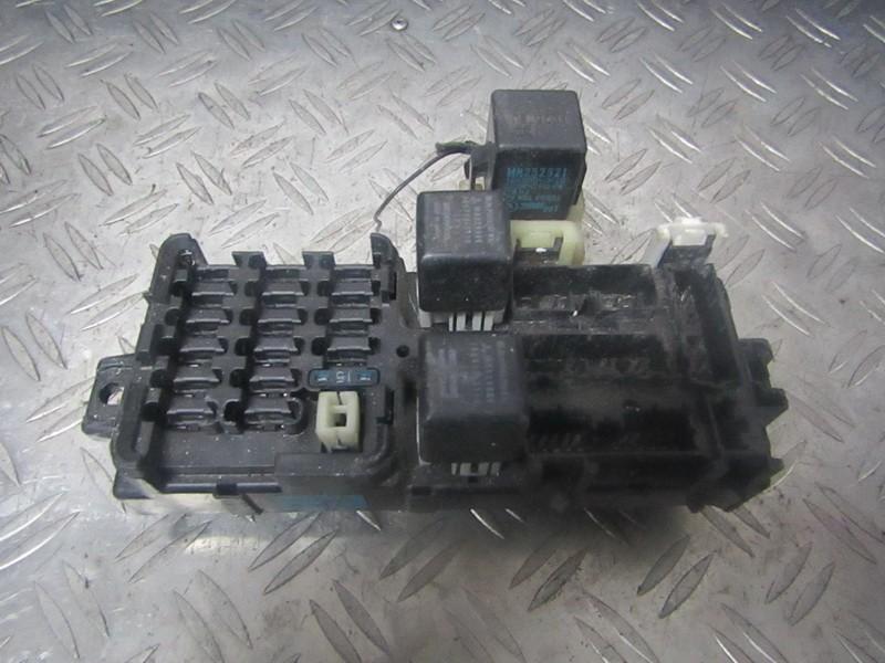 Fuse box  Mitsubishi Galant 1998    0.0 USED