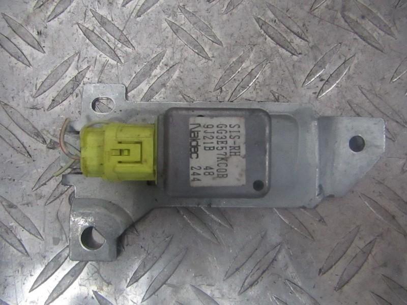 Srs Airbag crash sensor Mazda 626 2001    2.0 GG3E57KC0B
