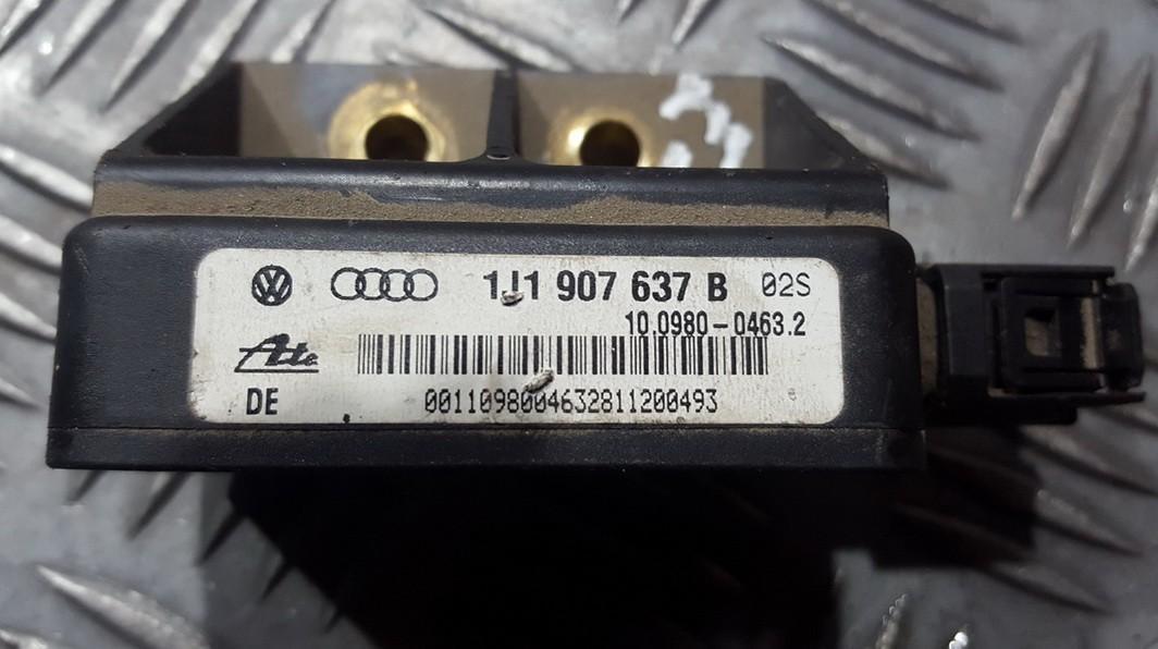 Esp Accelerator Sensor Volkswagen Golf 2002    0.0 1J0907657B