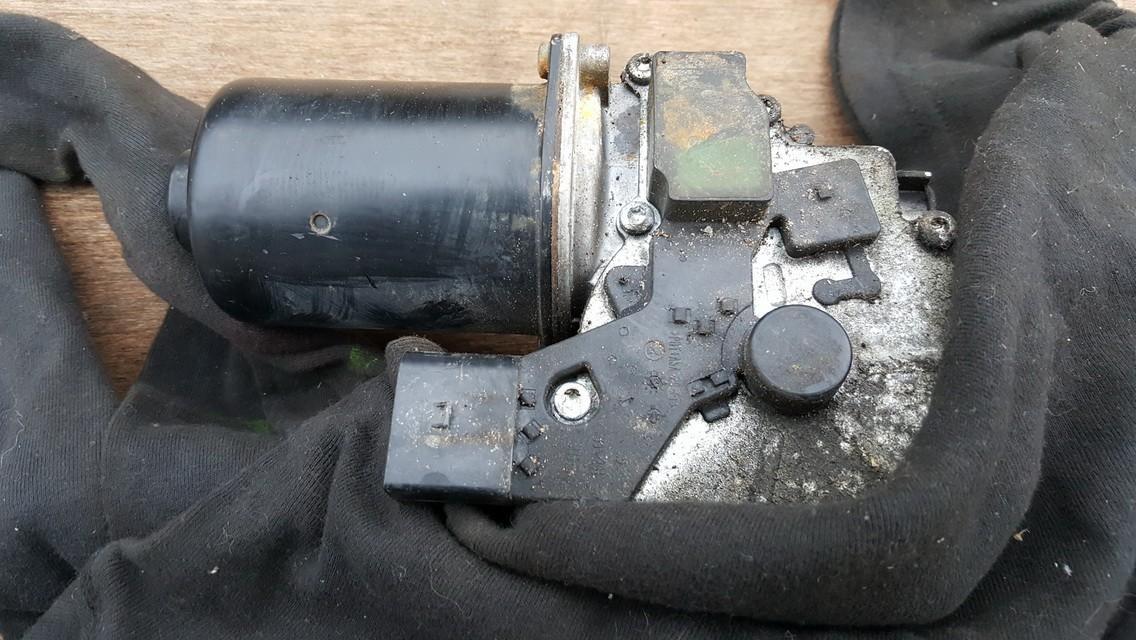 Priekinis langu valytuvu varikliukas A6398200040 404.751, 404751 Mercedes-Benz VITO 2002 2.2