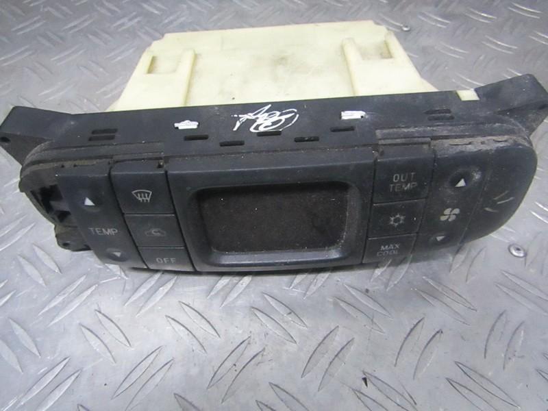 Climate Control Panel (heater control switches) Mitsubishi Carisma 1998    1.8 mr398016