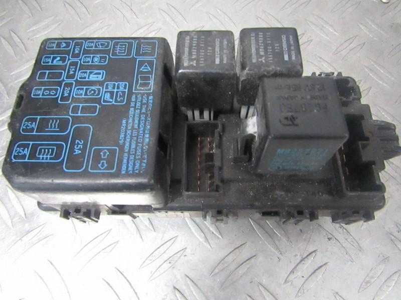Fuse box  Mitsubishi Colt 1996    1.3 mr228760