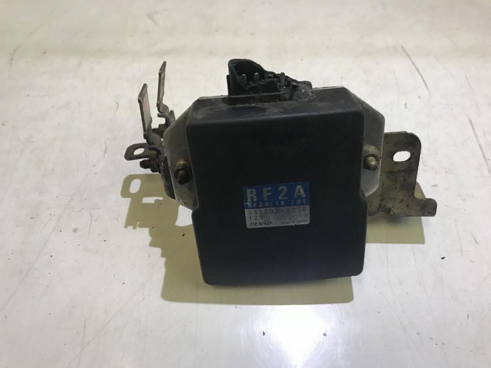 Fuel Injection ECU (Injector ECU) Mazda Premacy 2001    2.0 rf2a18701