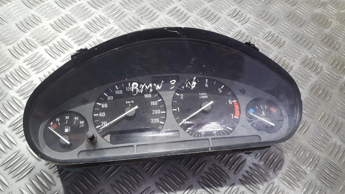 Spidometras - prietaisu skydelis 62118361208 62.11-8361208 BMW 3-SERIES 2002 1.8