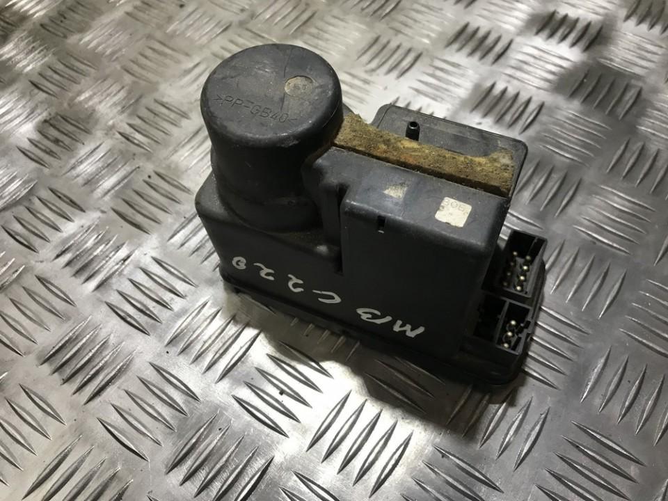 Вакуумное устройство системы Mercedes-Benz C-CLASS 1995    0.0 2028000848