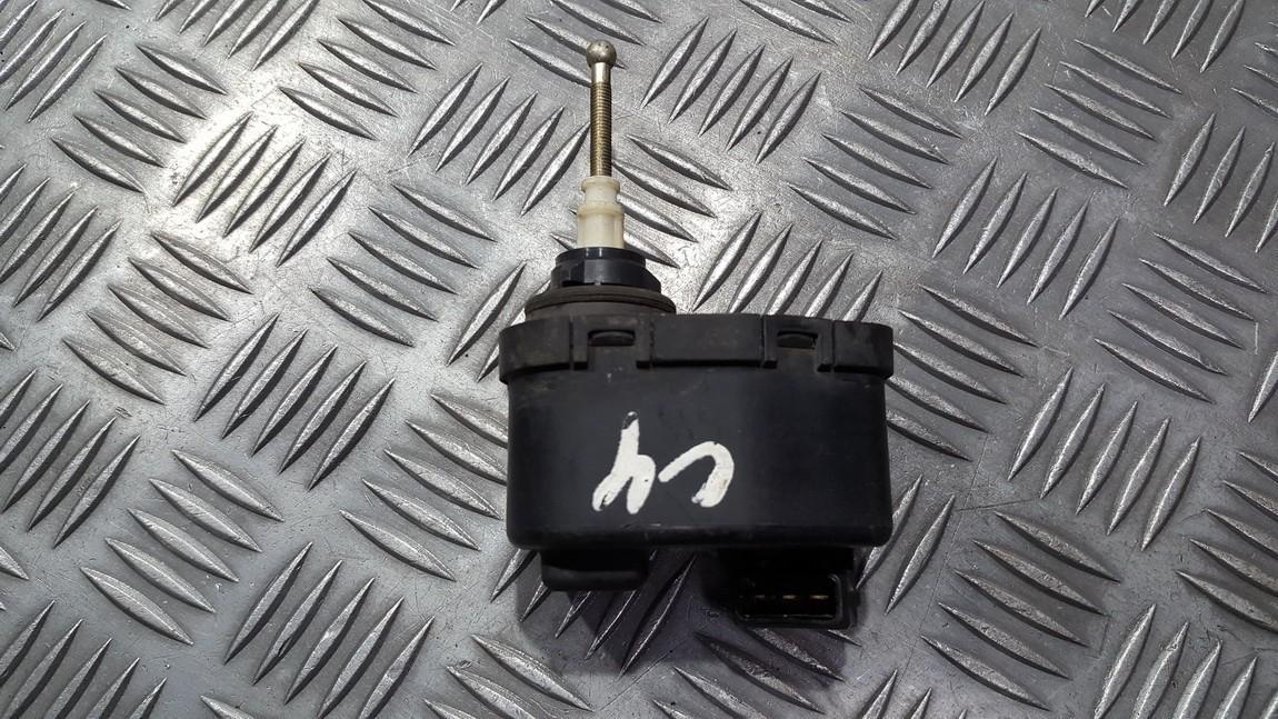 Zibinto aukscio reguliatorius (korektorius) 00437545 004375-45 Audi 100 1985 2.0