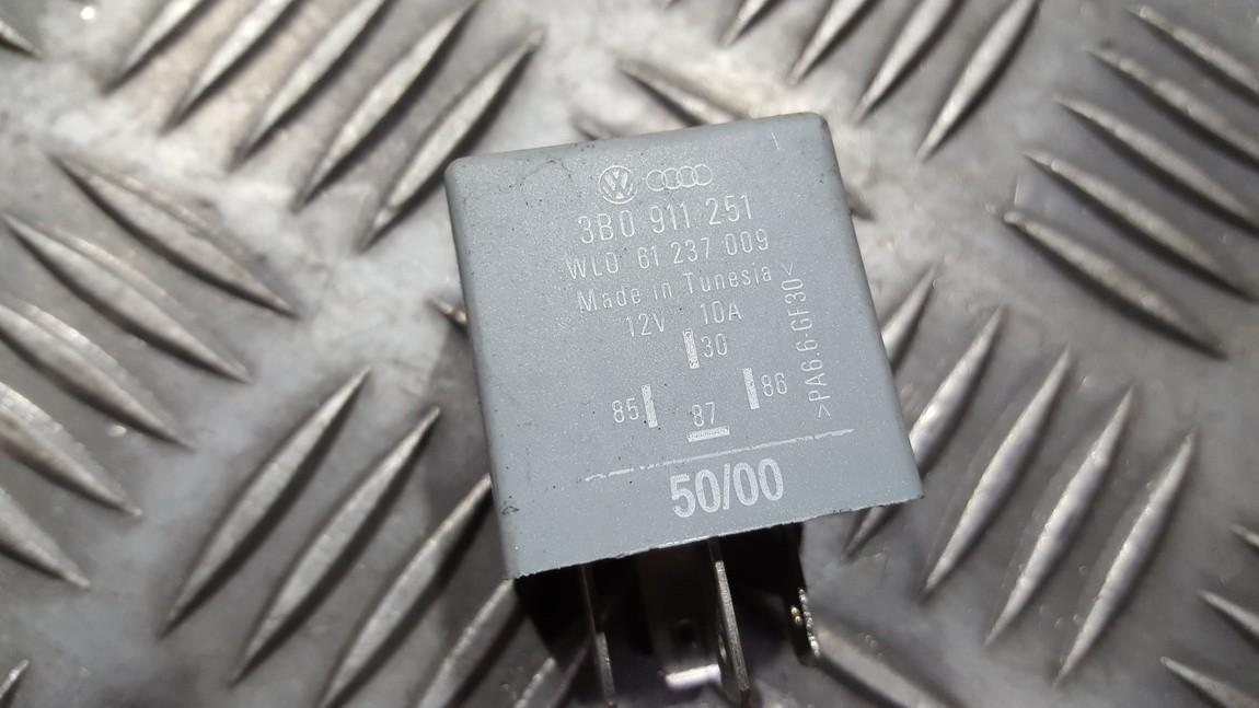 Relay module 3B0911251 61237009 Volkswagen SHARAN 1996 1.9