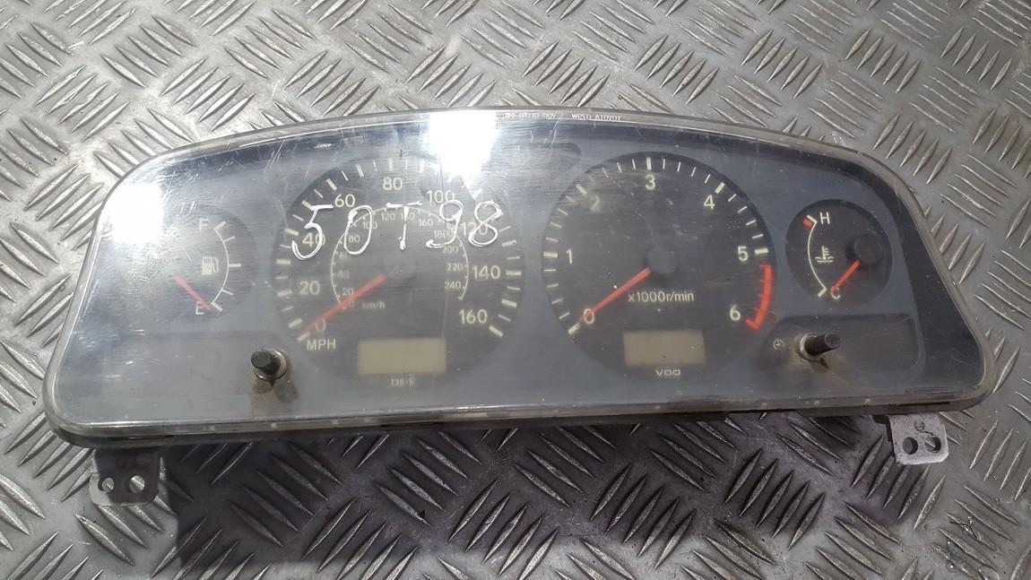 Щиток приборов - Автомобильный спидометр 8380005320 USED Toyota AVENSIS 2001 2.0
