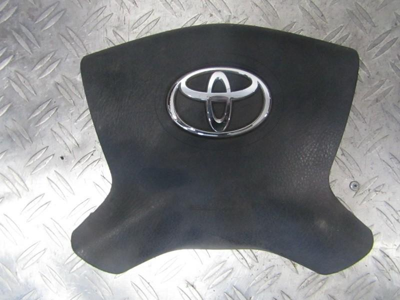 Подушка в руль SRS 4513005112 45130-05112, 61556050D Toyota AVENSIS 2001 2.0