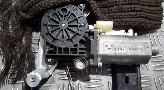 Duru lango pakelejo varikliukas G.K. 119971XXX 119971-XXX Volvo XC 90 2003 2.9