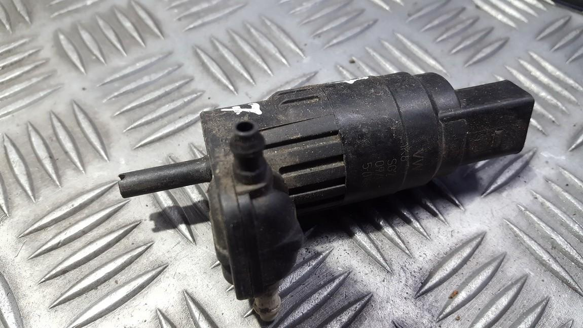 Windshield Windscreen Washer Pump Skoda Octavia 2007    0.0 1K6955651