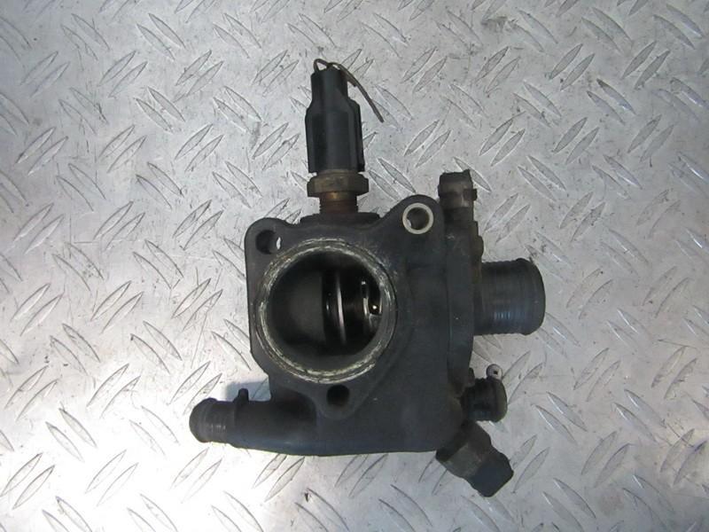 Termostato korpusas 928m9k478ae 928m-9k478-ae, 928m8594ab Ford MONDEO 1999 2.5