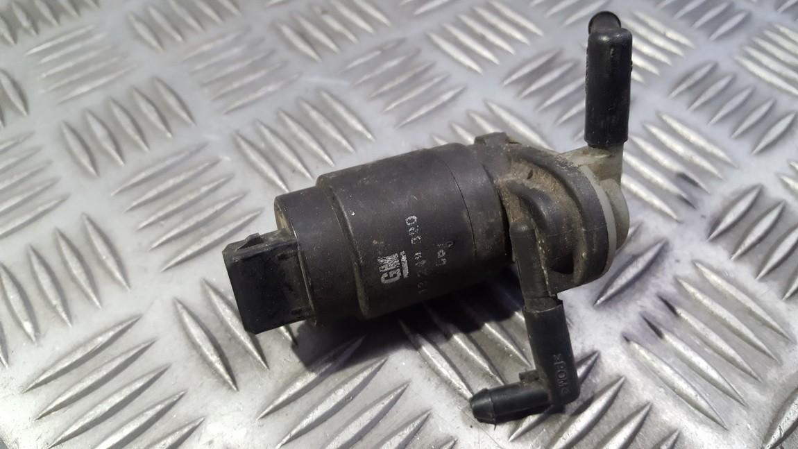 Windshield Windscreen Washer Pump Opel Astra 2006    0.0 13248320