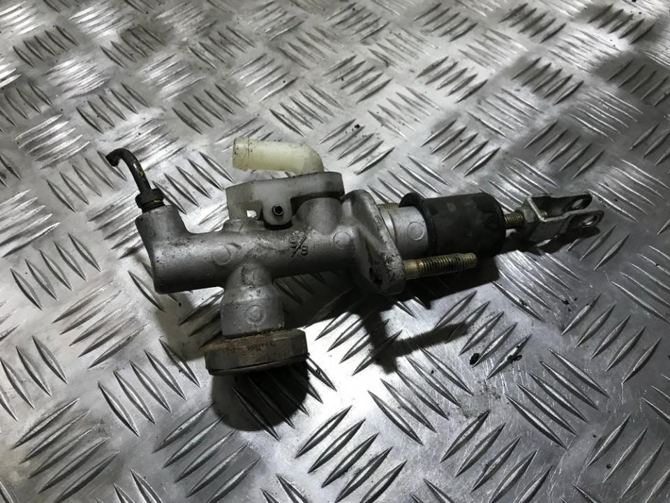 Главный цилиндр сцепления Nissan Almera Tino 2002    2.2 used