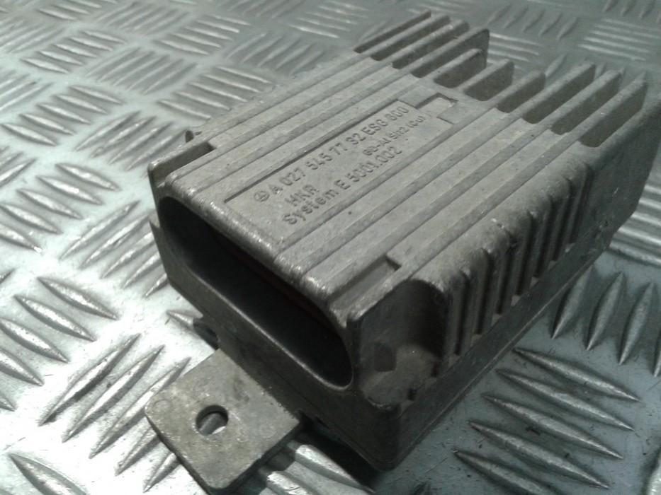 Blower Fan Regulator (Fan Control Switch Relay Module)  Mercedes-Benz E-CLASS 2002    2.2 A0275457732