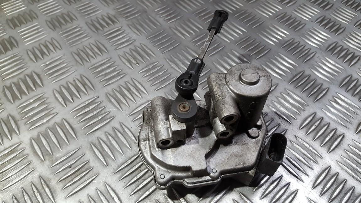 Droselines sklendes valdymo varikliukas Audi A6 2007    3.0 059129086e