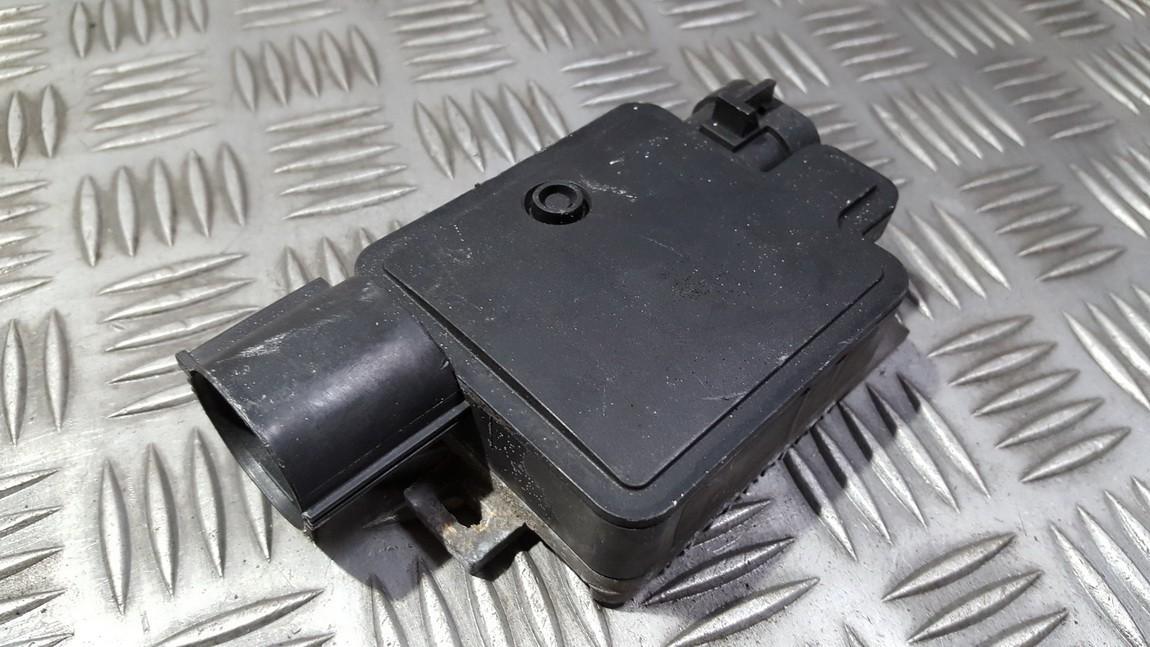 Blower Fan Regulator (Fan Control Switch Relay Module)  Ford Focus 2005    2.0 940002904