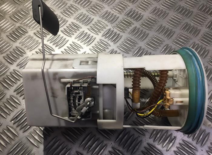 Топливный насос в баке Hyundai Santa Fe 2006    2.7 311102B000