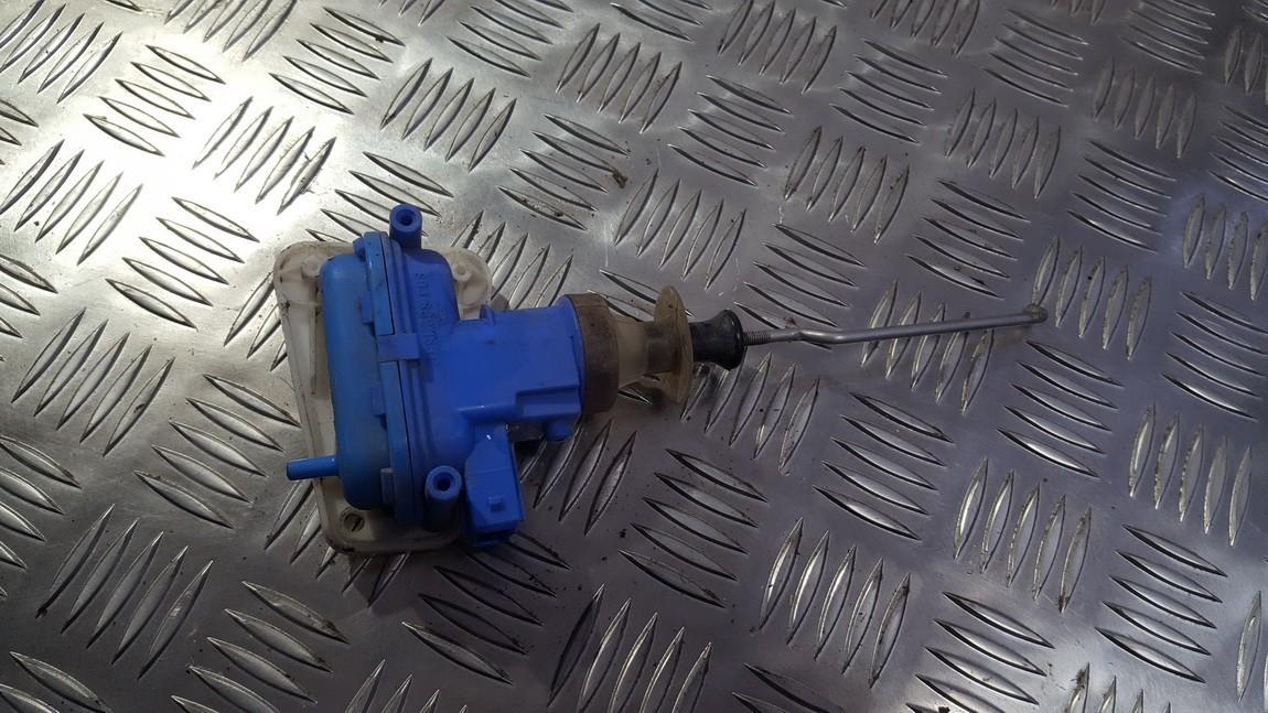 Duru uzrakto vakuumine pompele 893862123 used Audi 80 1987 1.8