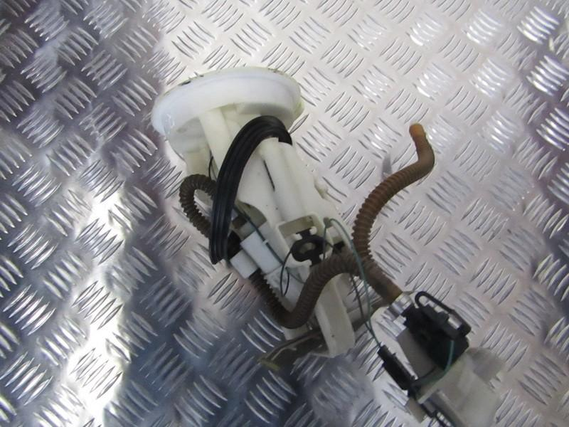 Топливный насос в баке Rover 75 2000    2.0 81189467