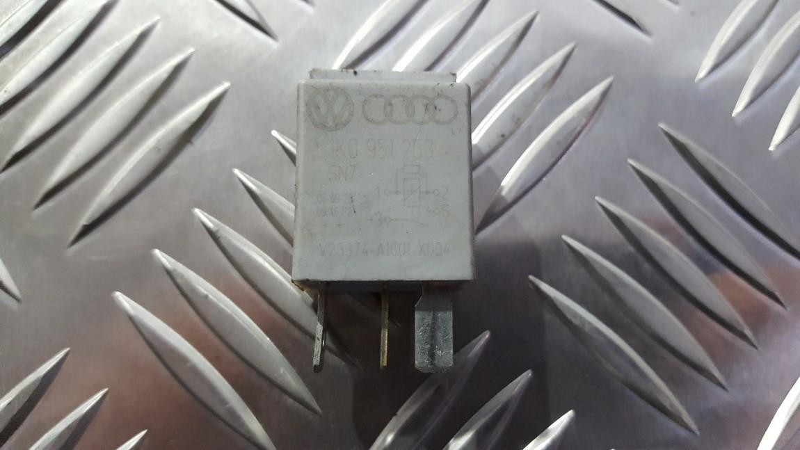 Relay module Volkswagen Passat 2008    0.0 1K0951253