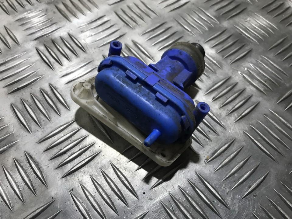 Duru uzrakto vakuumine pompele 893862153d used Audi 80 1993 2.0