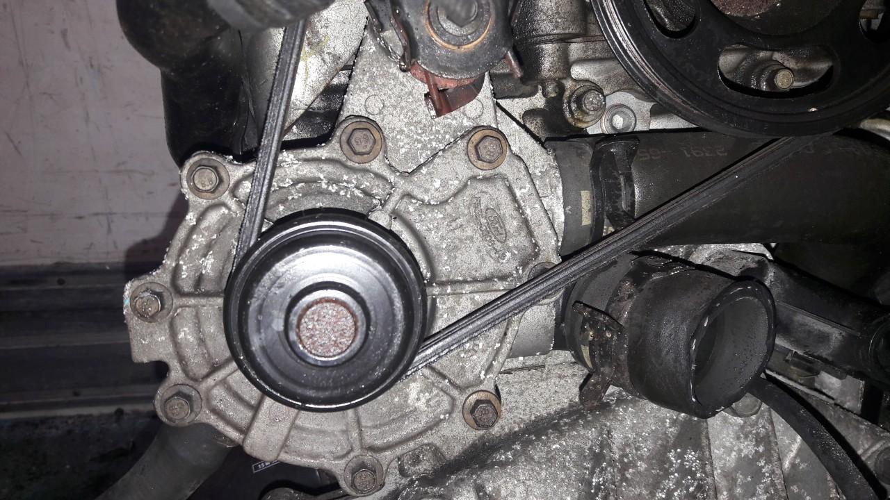 Water pump e53e3508ab used Ford MONDEO 2000 1.8