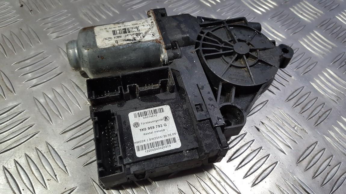 Duru lango pakelejo varikliukas P.K. 1K0959793G USED Skoda OCTAVIA 2000 1.9