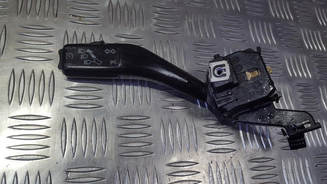 Переключатель поворотов подрулевой 1K0953513 01103511 Volkswagen CADDY 2010 2.0