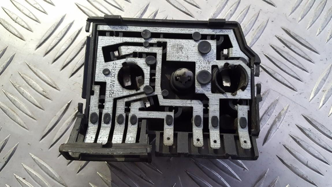 Galiniu zibintu plata 29632202 used Audi 80 1990 2.0