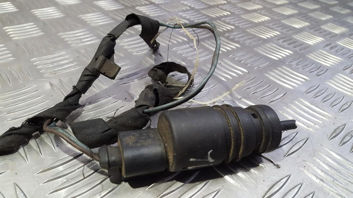 Windshield Windscreen Washer Pump A0335450228 USED Mercedes-Benz ML-CLASS 2002 2.7